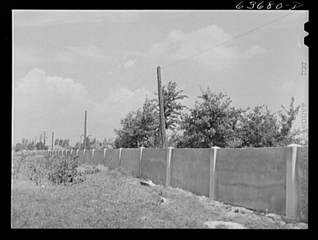 Detroit_Wall